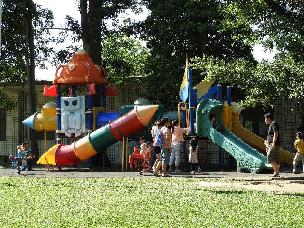 板橋435藝文特區的圖片:兒童遊戲區