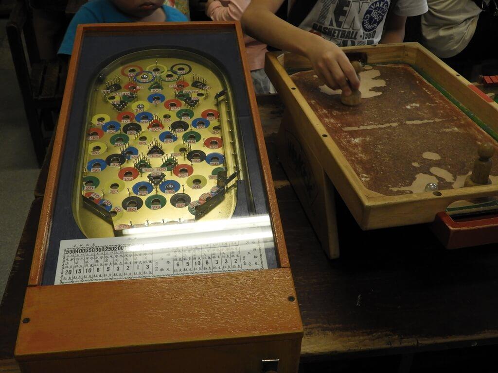 臺灣玩具博物館的圖片:彈珠檯