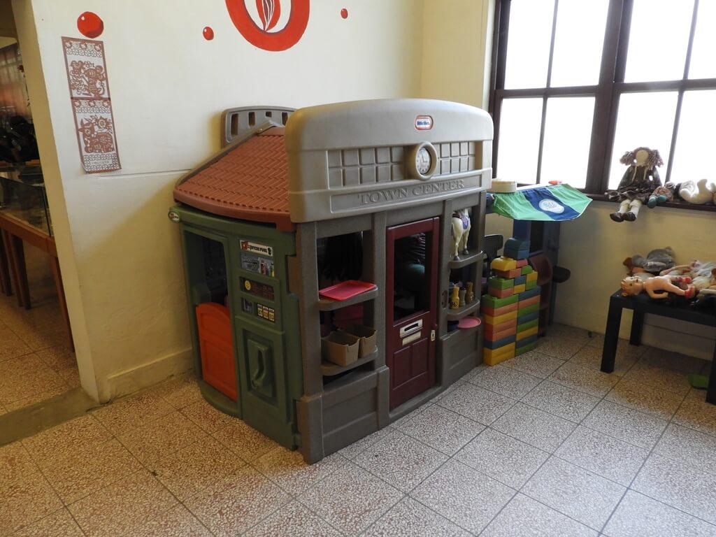 臺灣玩具博物館的圖片:塑膠屋玩具 TOWN CENTER