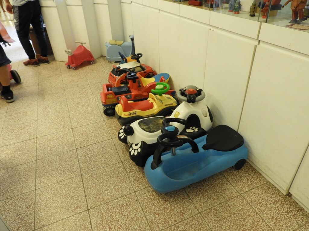 臺灣玩具博物館的圖片:適合小朋友玩的扭扭車