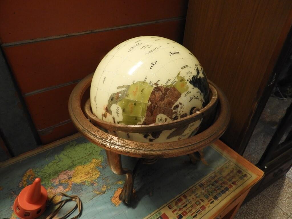 臺灣玩具博物館的圖片:古老的地球儀