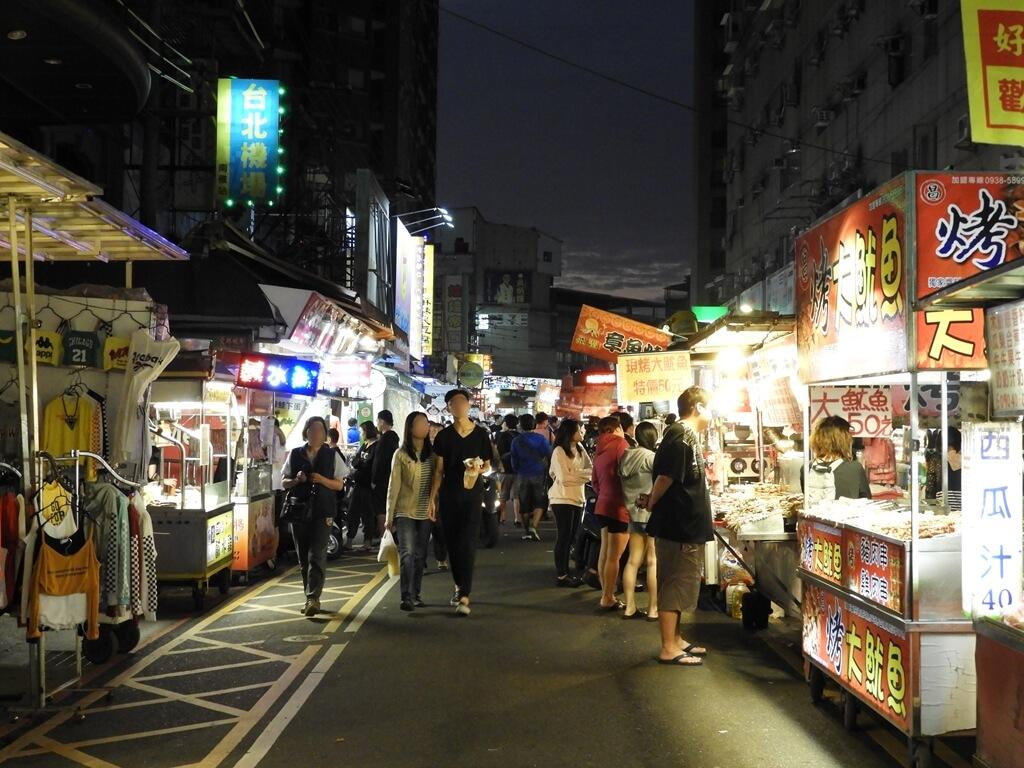 板橋湳雅觀光夜市(南雅夜市)的圖片:逛街人潮(123656831)