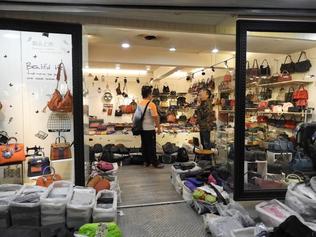 五分埔商圈的圖片:包包服飾批發店(123656988)