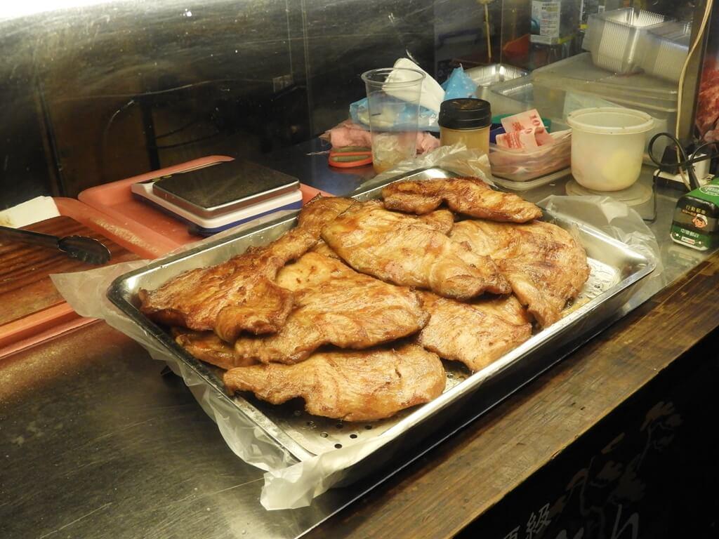 饒河街觀光夜市的圖片:超大片肉排