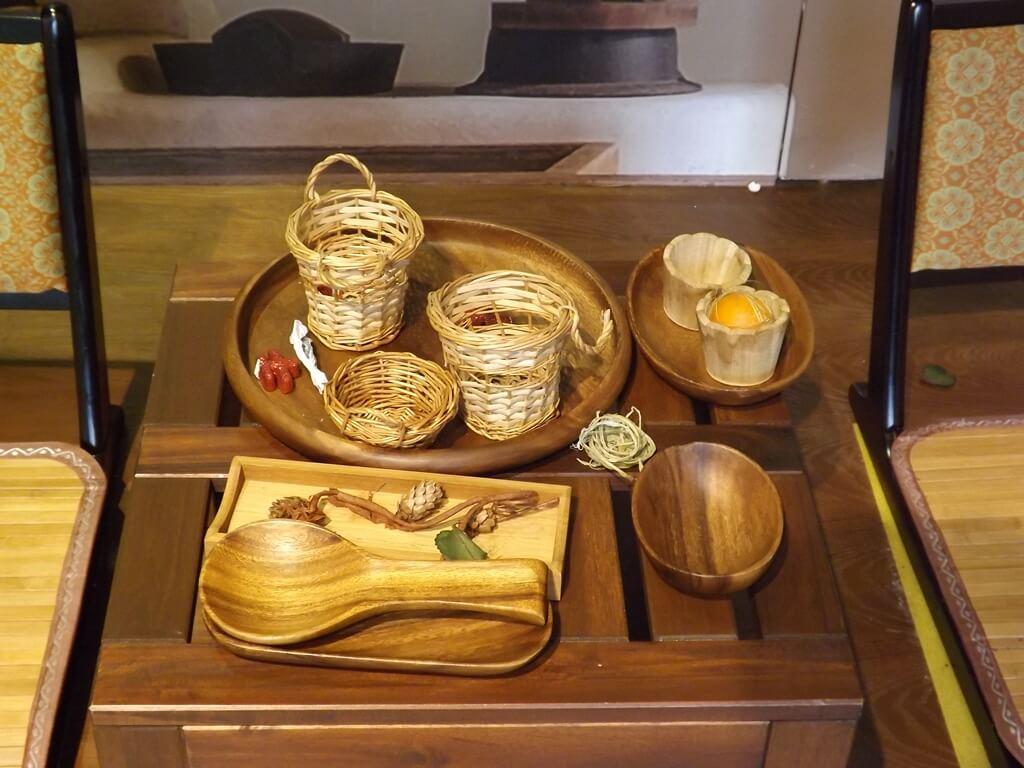 卡司‧蒂菈樂園(金格觀光工廠)的圖片:木製藤製日式餐具