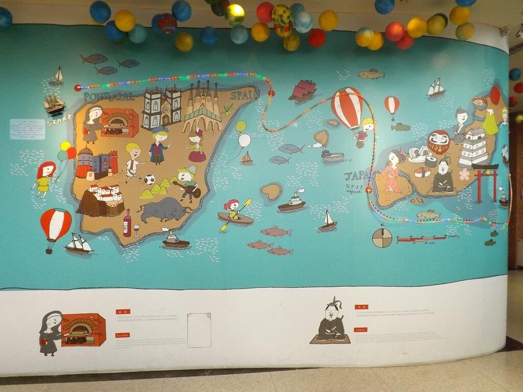 卡司‧蒂菈樂園(金格觀光工廠)的圖片:牆壁上的可愛卡通圖案