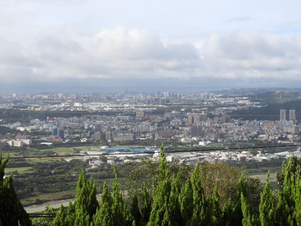 鳶山風景區的圖片:鳶山公園風景(123657412)陰雨綿綿