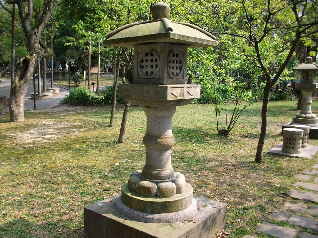 大溪中正公園的圖片:日式石燈籠(123657638)