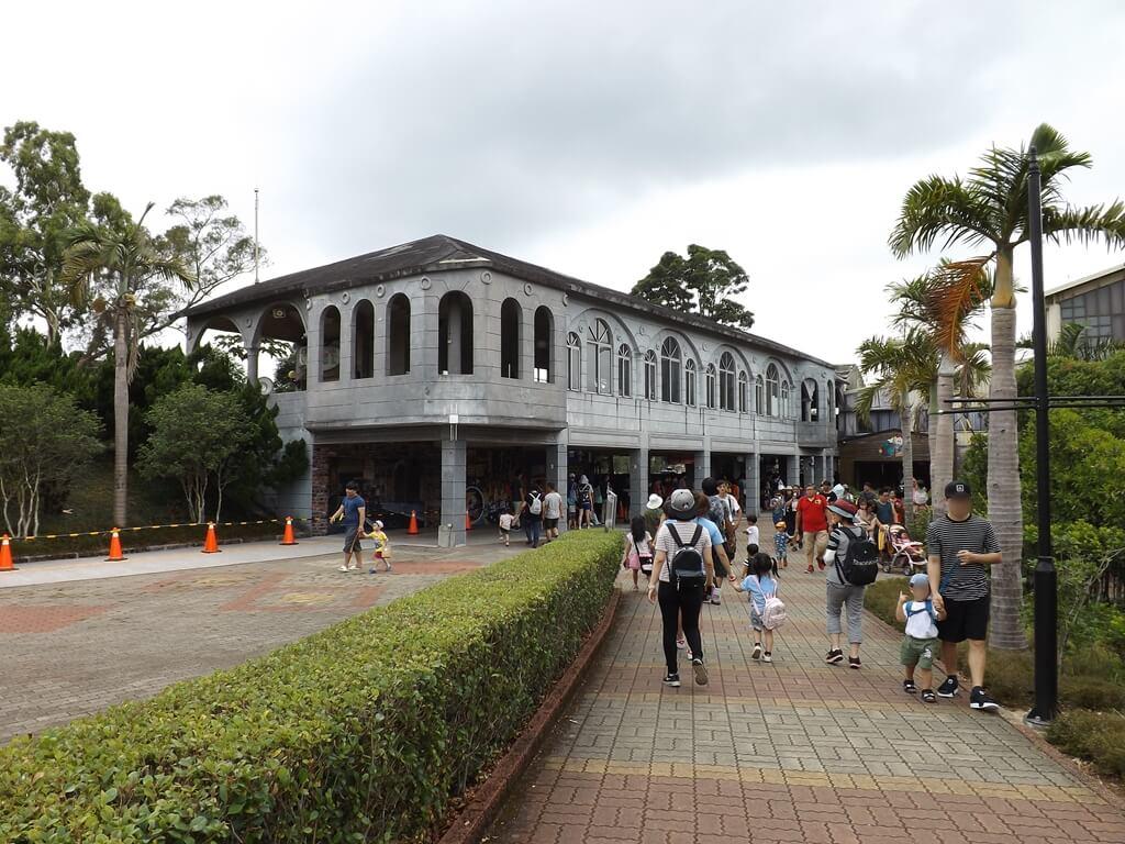 小人國主題樂園的圖片:前方為小火車的火車站