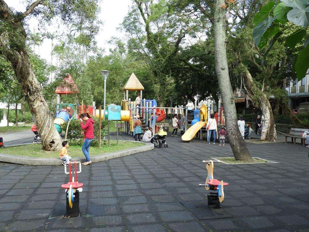 大溪中正公園的圖片:兒童遊戲區(123657969)