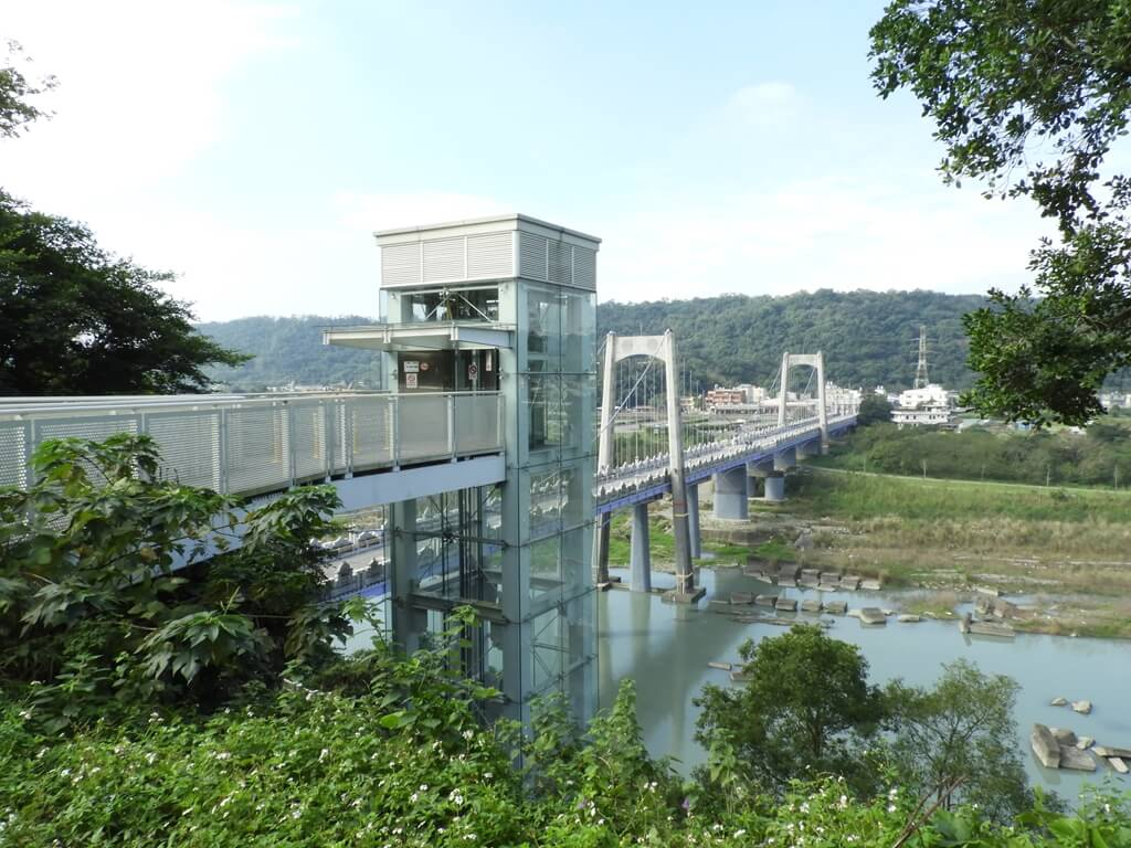 大溪中正公園的圖片:景觀電梯(無障礙電梯)