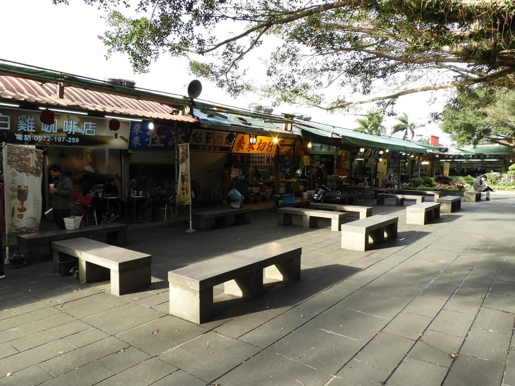 三峽行修宮(行天宮三峽分宮)的圖片:白雞觀光商場(123658204)