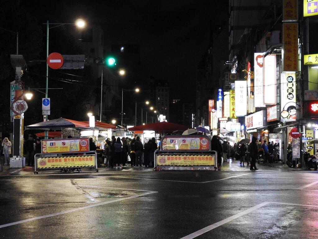 寧夏夜市的圖片:民生西路寧夏夜市入口