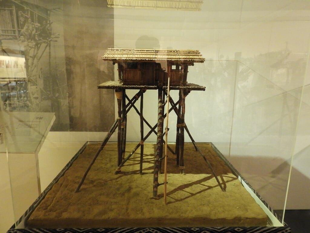 烏來泰雅民族博物館的圖片:望樓,泰雅族人的高空瞭望台(守備用)模型