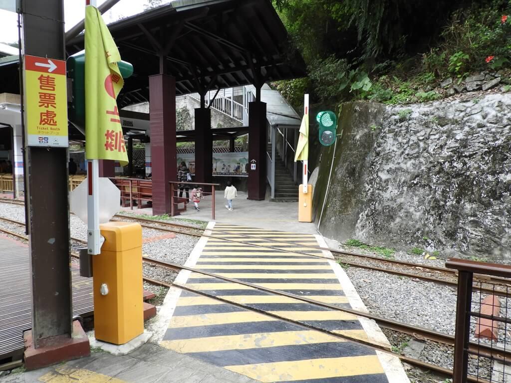 烏來台車的圖片:烏來台車平交道(123659196)