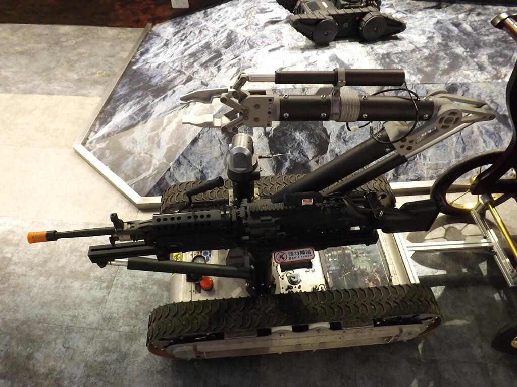 祥儀機器人夢工廠的圖片:履帶車機器人(123659483)
