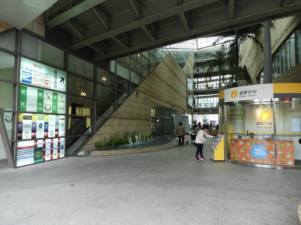 美麗華百樂園的圖片:1F 中央通道及遊客中心