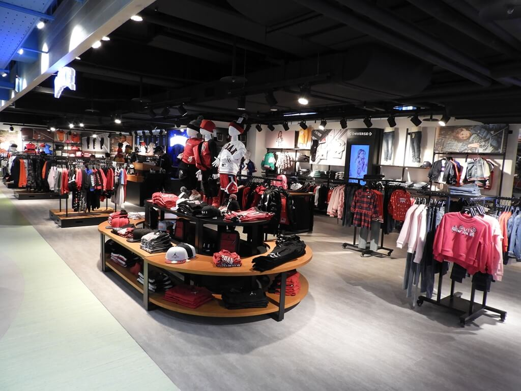 ATT 4 Recharge的圖片:孩童體育用品銷售商店