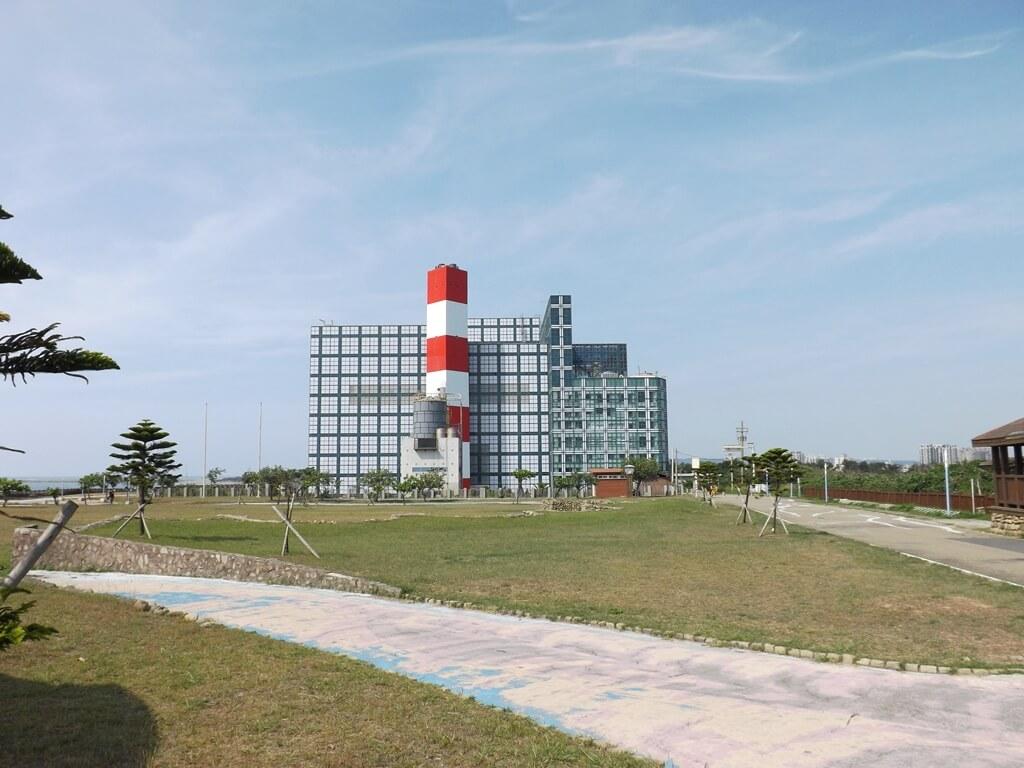新竹海天一線看海區的圖片:看海公園及資源回收場建築