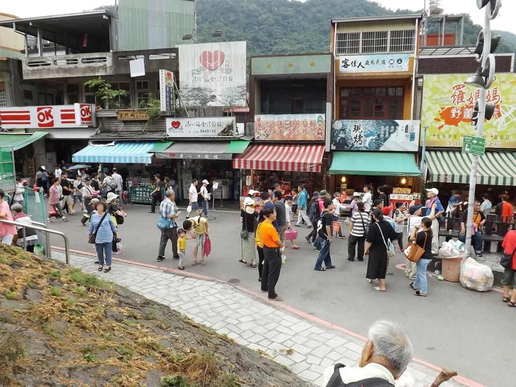 內灣老街的圖片:內灣車站前的老街(123660265)