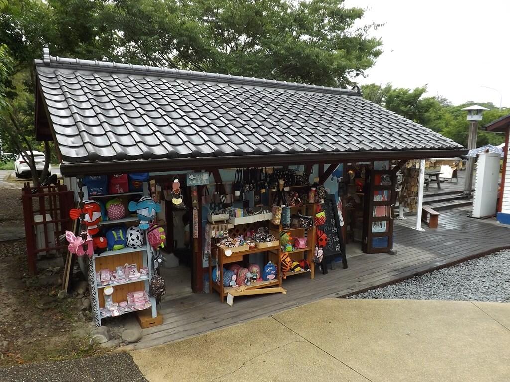 合興車站的圖片:商品販售商店