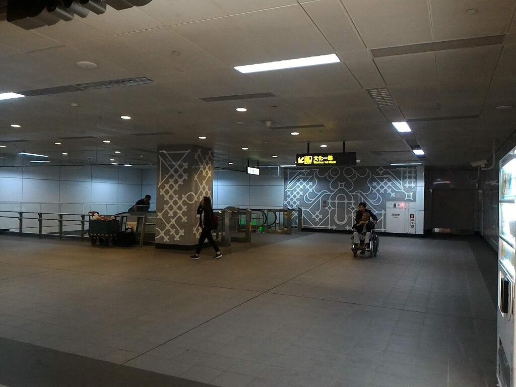 GlobalMall 環球購物中心桃園 A8的圖片:2F 通往文化一路