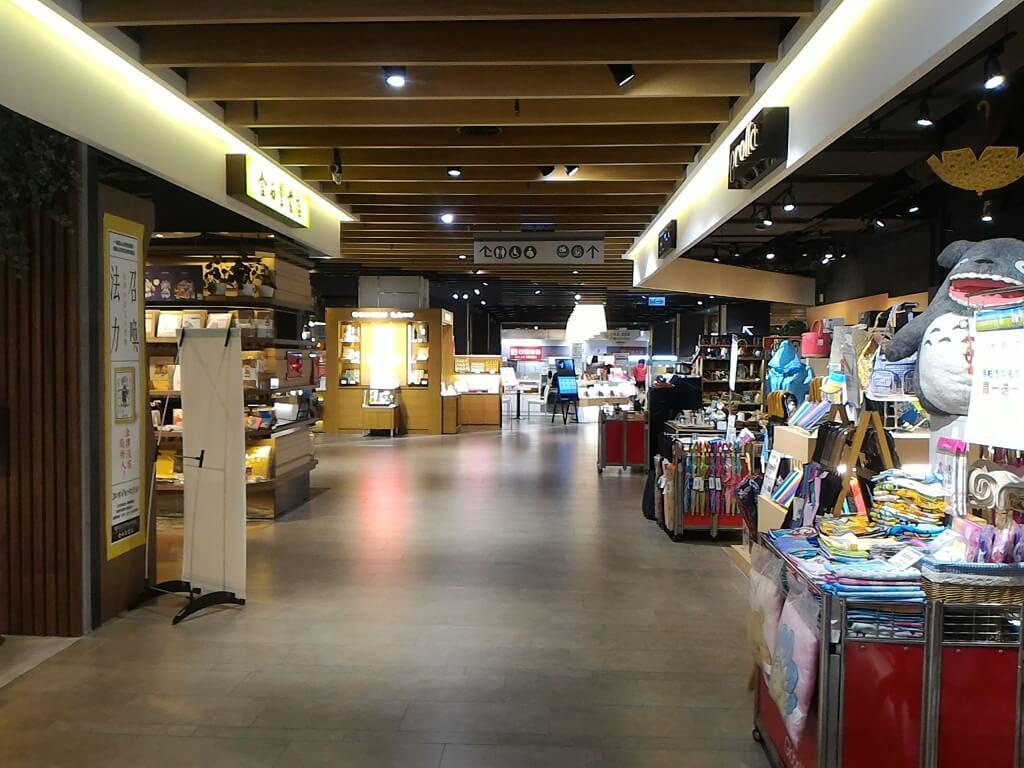 GlobalMall 環球購物中心桃園 A8的圖片:2F 走道(123660381)