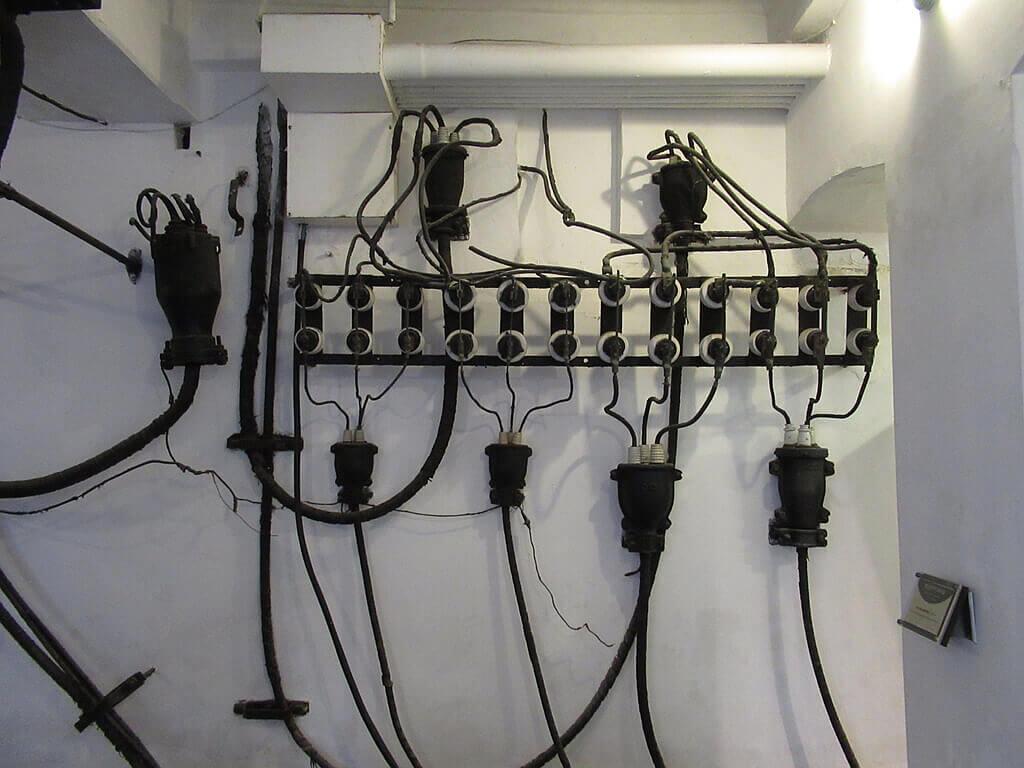 臺北自來水園區(自來水博物館)的圖片:高壓雙投開關盤