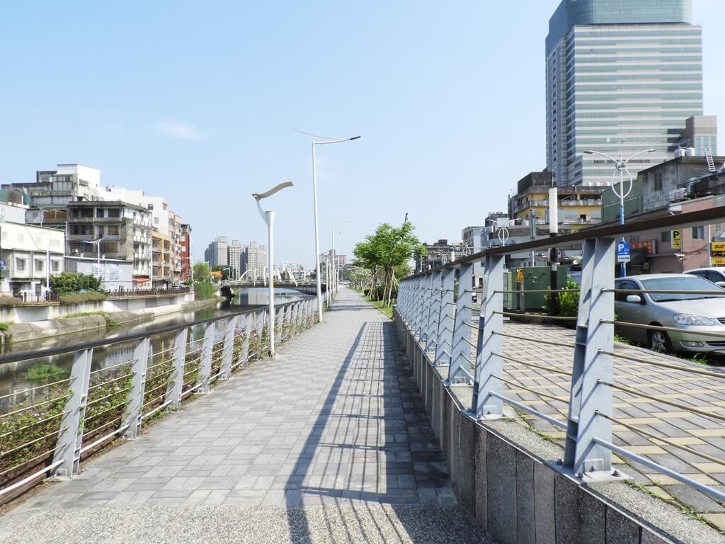 中壢老街溪步道的圖片:老街溪河濱步道(123660500)
