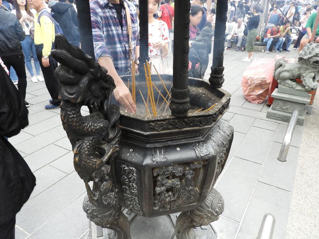 台北霞海城隍廟的圖片:香爐