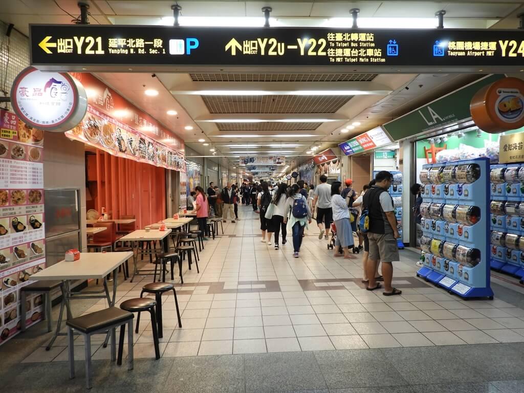 台北地下街 Taipei City Mall的圖片:台北地下街 Y 區(123660725)